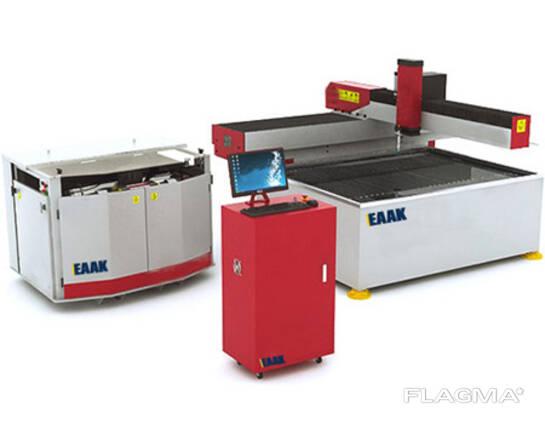 Stroj za rezanje vodnega curka za rezanje steklene kovine in